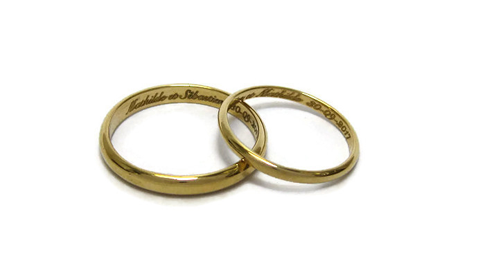 Fairtrade-yellow-gold-wedding-rings-engraved-1