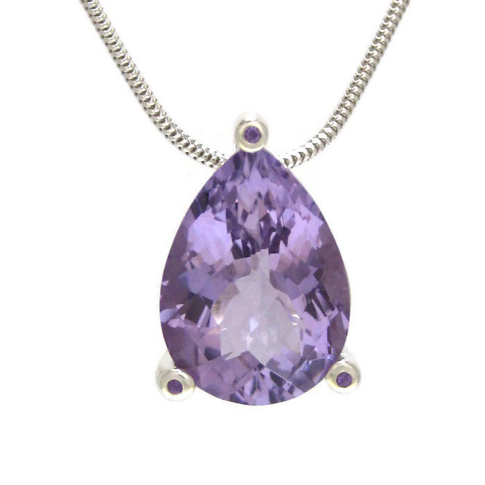 Amethyst silver pendant handmade in brussels by saskia shutt handmade amethyst silver pendant aloadofball Image collections