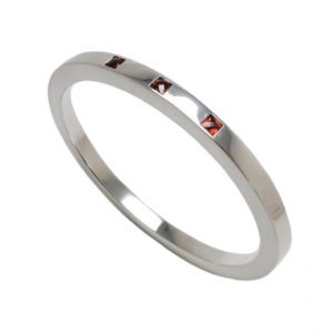 Garnet silver bangle