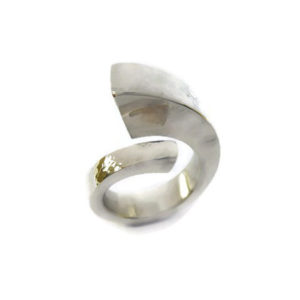 silver single coil ring