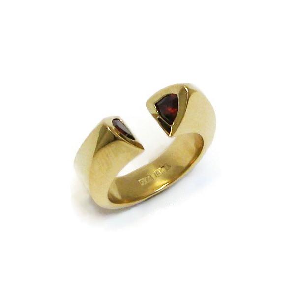 gold garnet ring