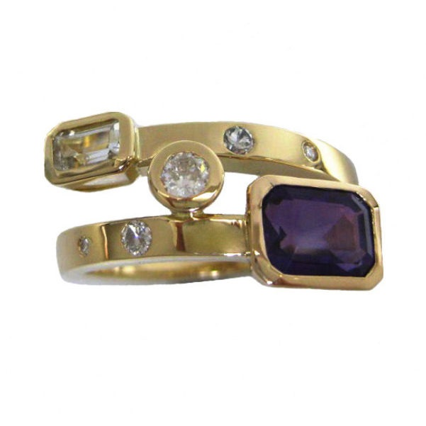 gemstone gold ring