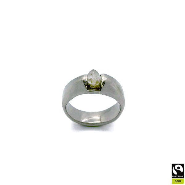 Fairtrade gold engagement ring