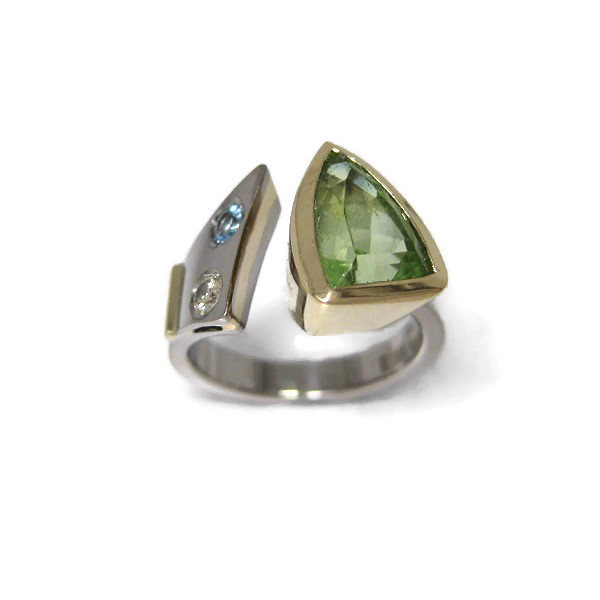 white yellow gold peridot diamond aquamarine ring