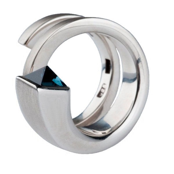 Blue tourmaline silver ring