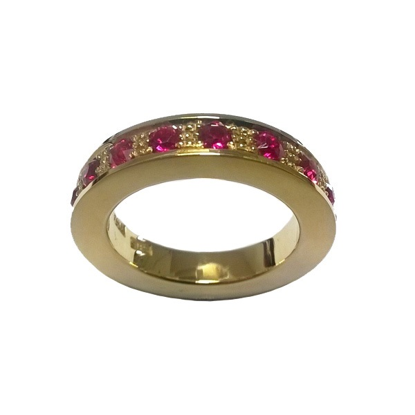 ruby yellow gold ring