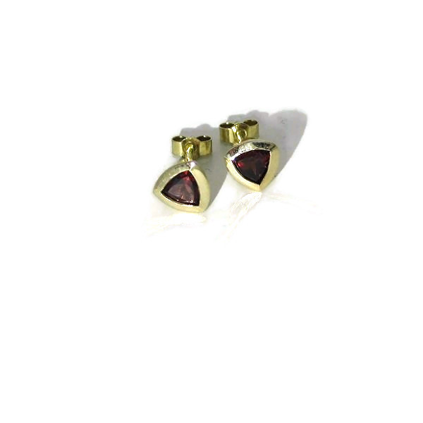 yellow gold garnet earstuds