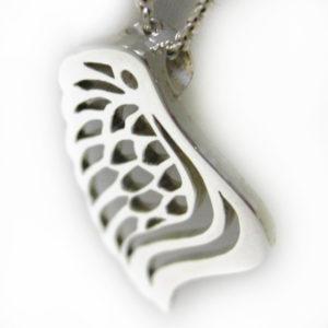 silver angel wing pendant
